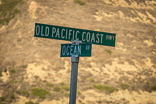 320px-old_pacific_coast_highway_sign_8175953721